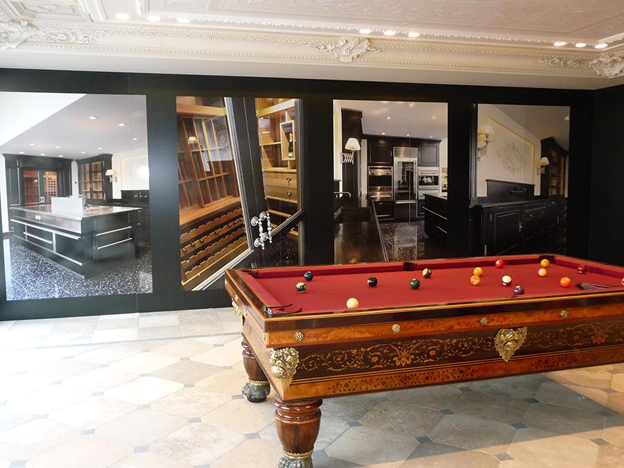 Impression-numerique-showroom-autocollant-decoration-interieur-Serigil-Cannes